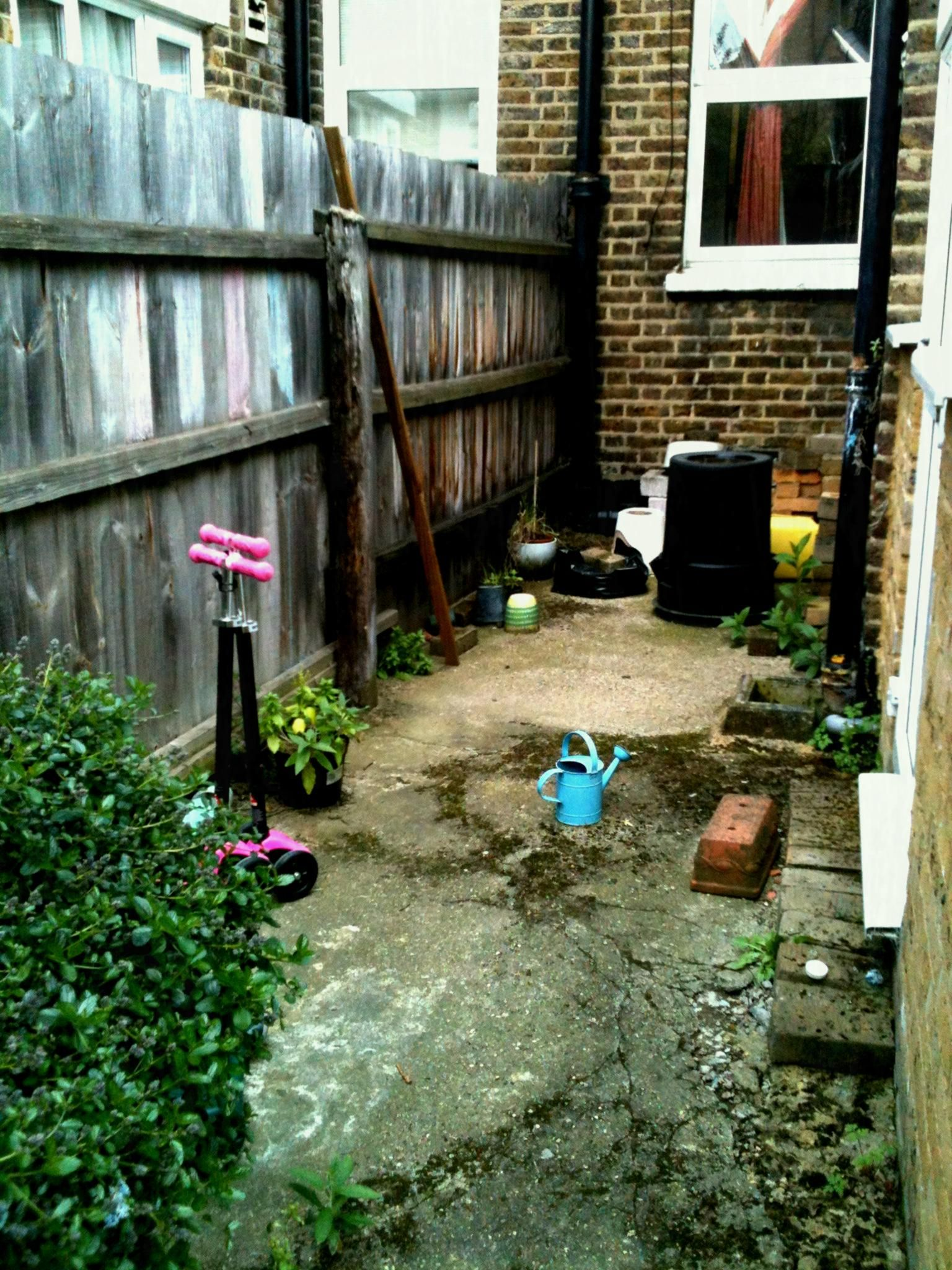 Inspiration For Small Garden Ideas On A Budget, Inspiration For ...