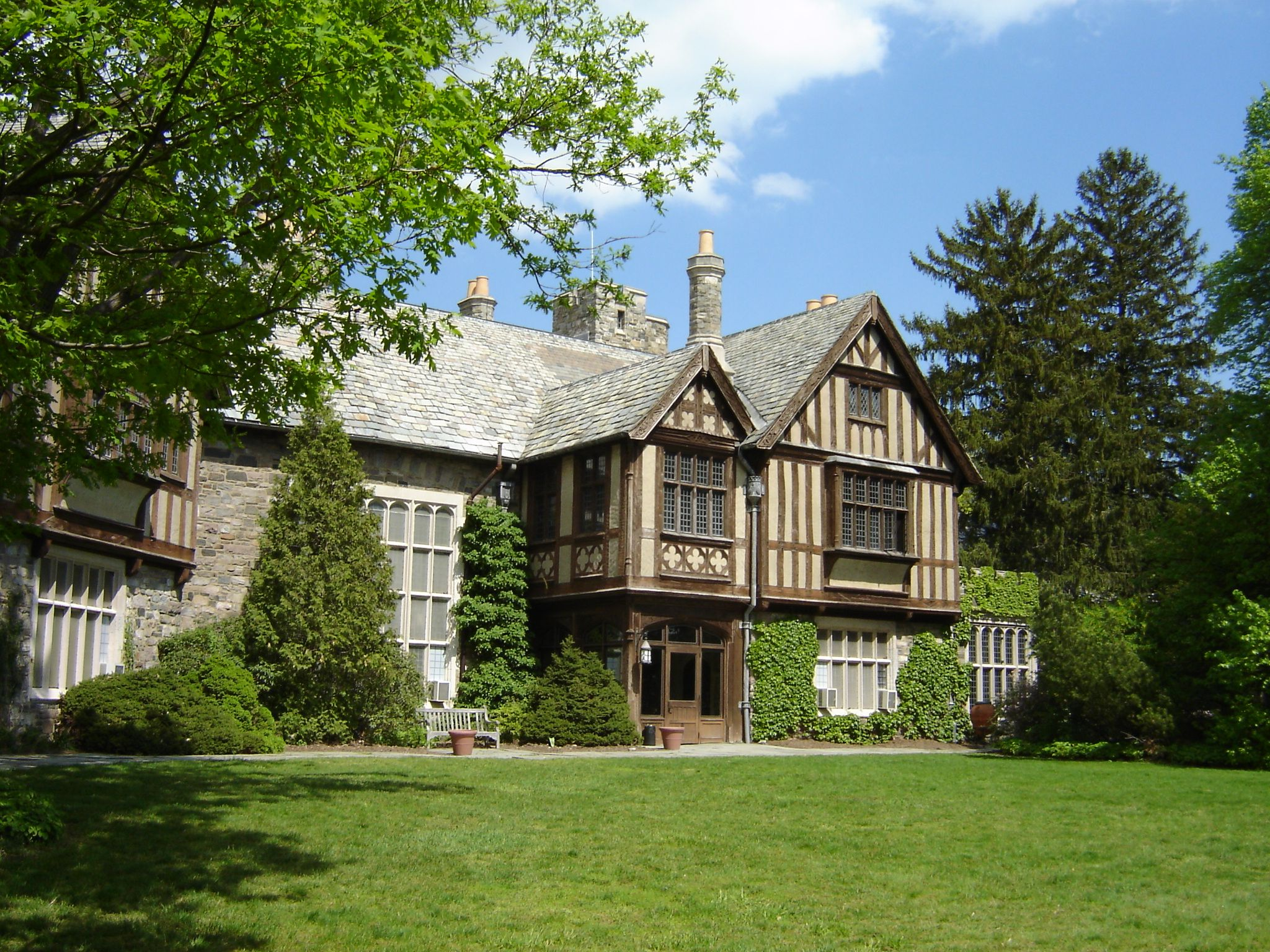 American Auto Sales Of Skyland: Skylands Manor. Historic Tudor Revival Mansion, New Jersey