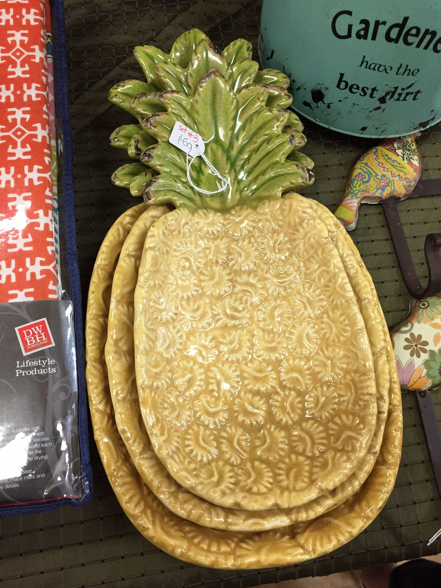 pineapple decorations for kitchen cheap cabinets sale pin by heidi sutton on pineapples