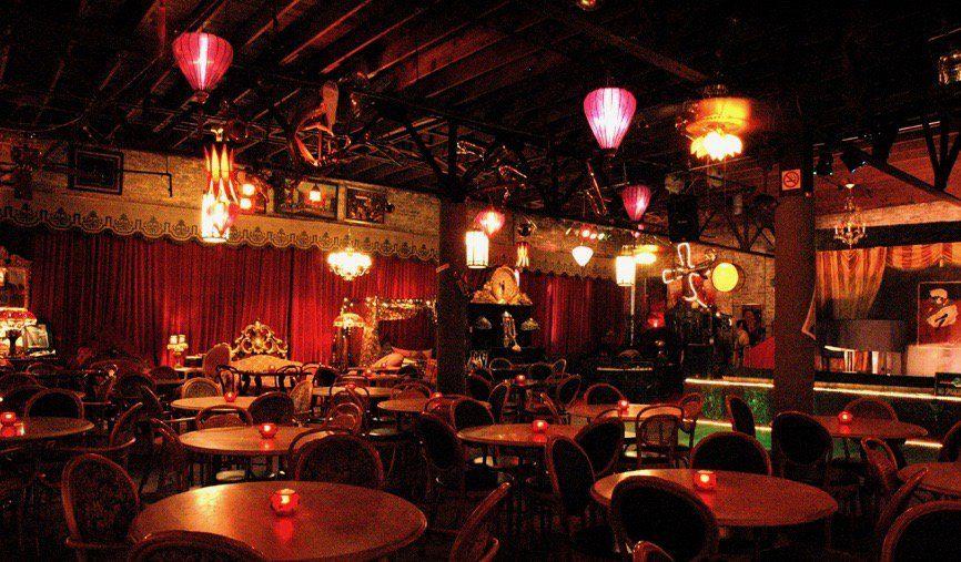 How You Can Experience 1920s Paris Today Jazz Bar Jazz Club Interior Paris Bars