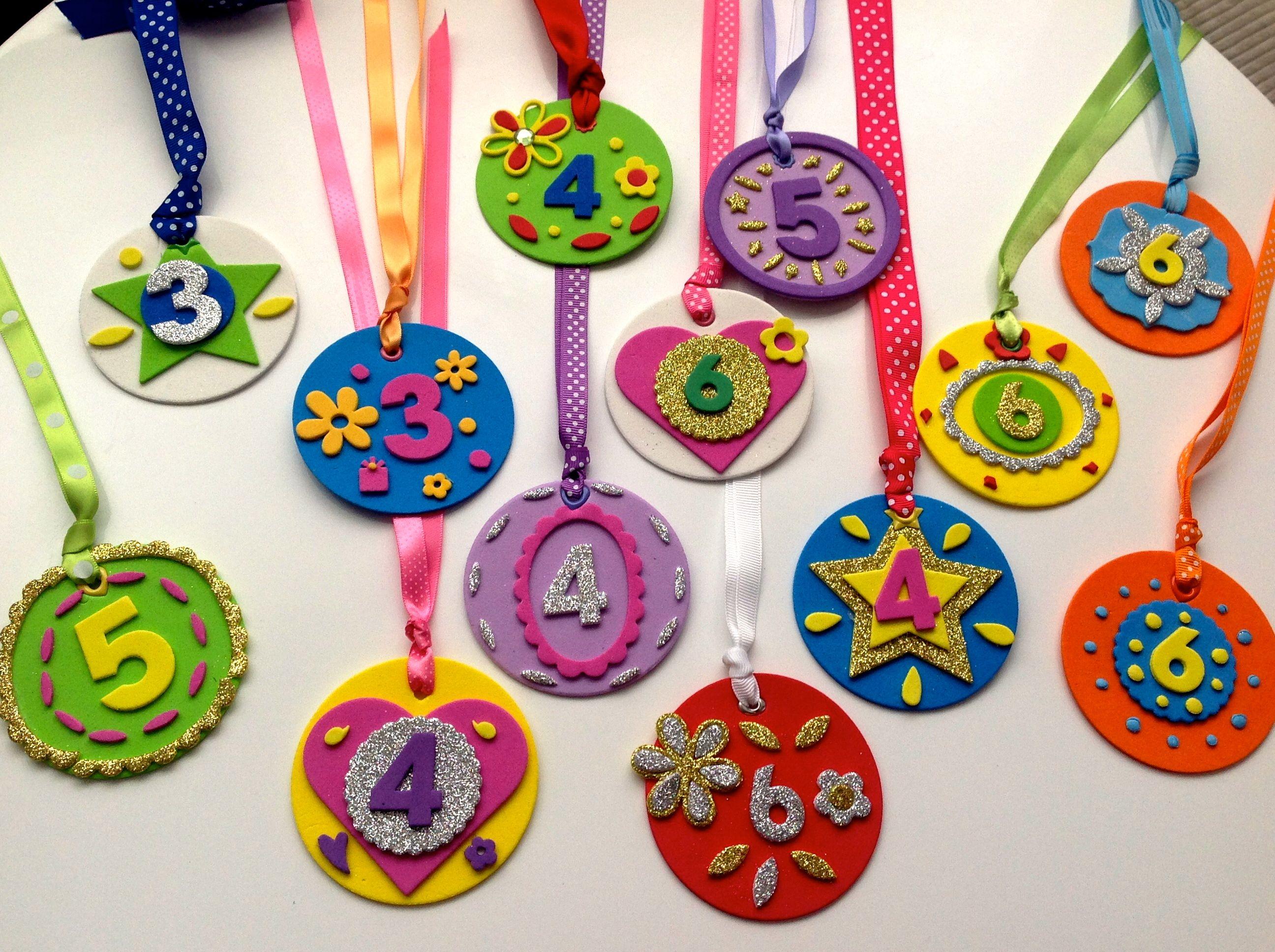 Medallas cumplea±os Celebraciones Pinterest