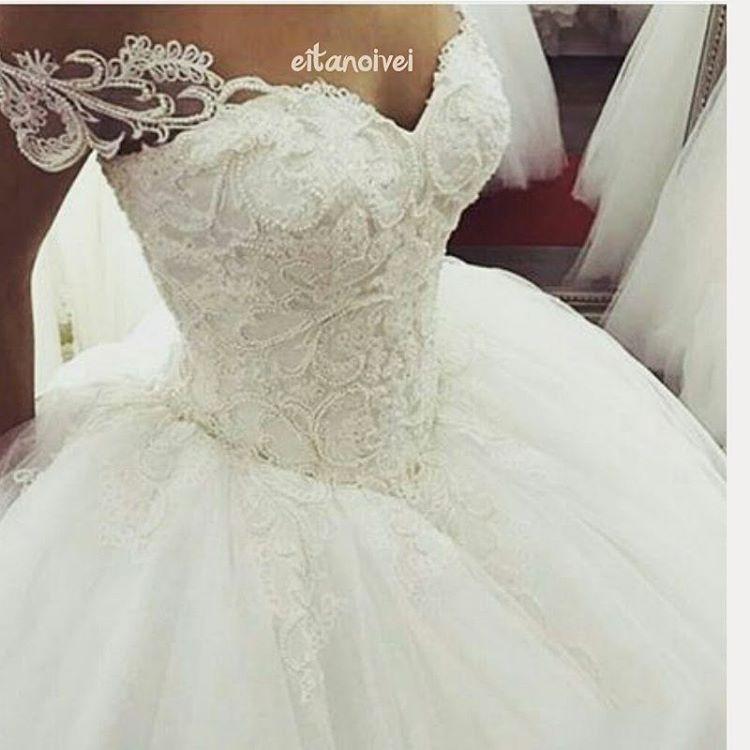 Detalhes que Amo!!! . . . #love #instagood #casamento #wedding #bride #noivas #noivasqueinspiram #instabride #weddingdress #weddinglove #gratidão #inspiracçõesdecasamento #instablog #universodasnoivas #presentededeus #celebration #weddingrings #ido #weddinginspiration #bridal #weddingphotography #eitanoivei#detalhes