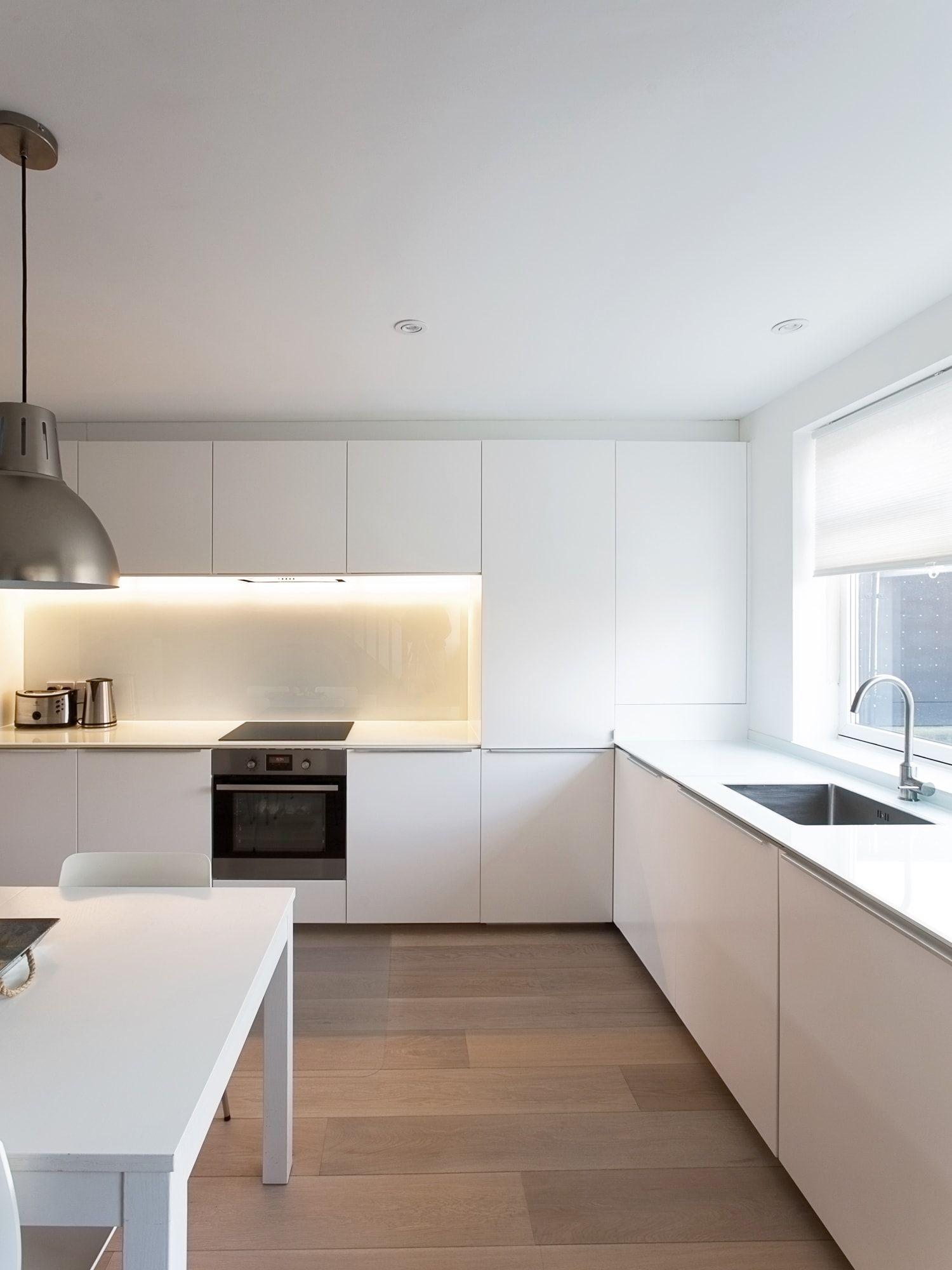 Casa en londres iv n guisado arquitectos cocinas - Suelo madera cocina ...