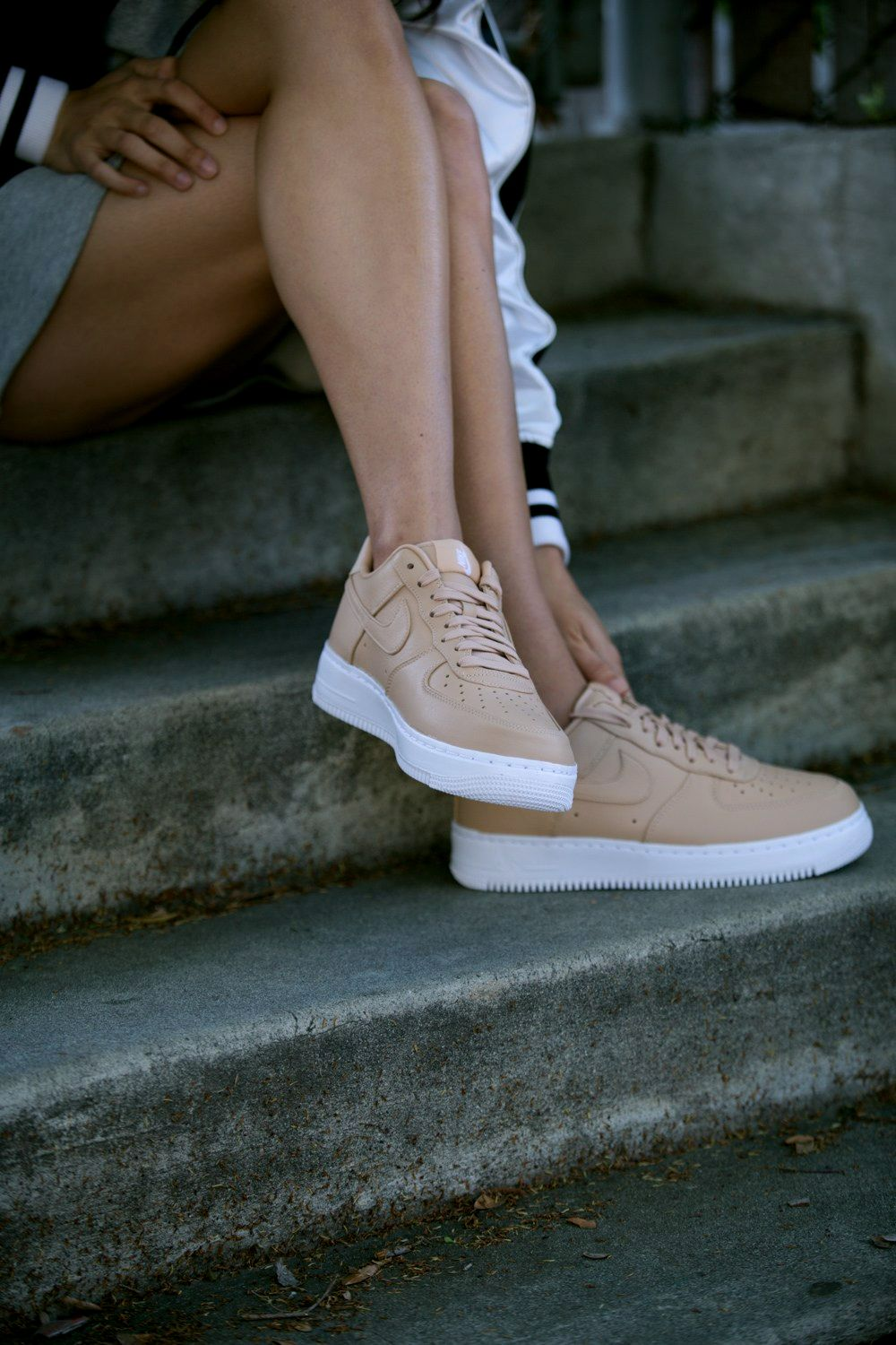 info for b08bb c0cae Nice Legs in af1 sneakers streetstyle Mais