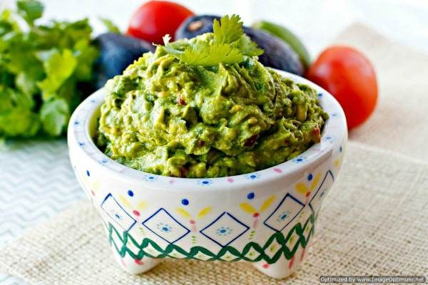 Guacamole recipe the best ever food folks and fun mexican guacamole recipe the best ever food folks and fun forumfinder Gallery