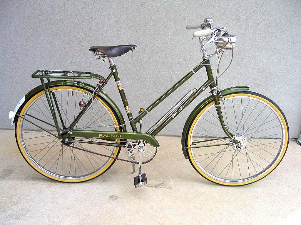 Vintage Raleigh Superbe Bicycle Raleigh Bicycle Bicycle Vintage Bicycles