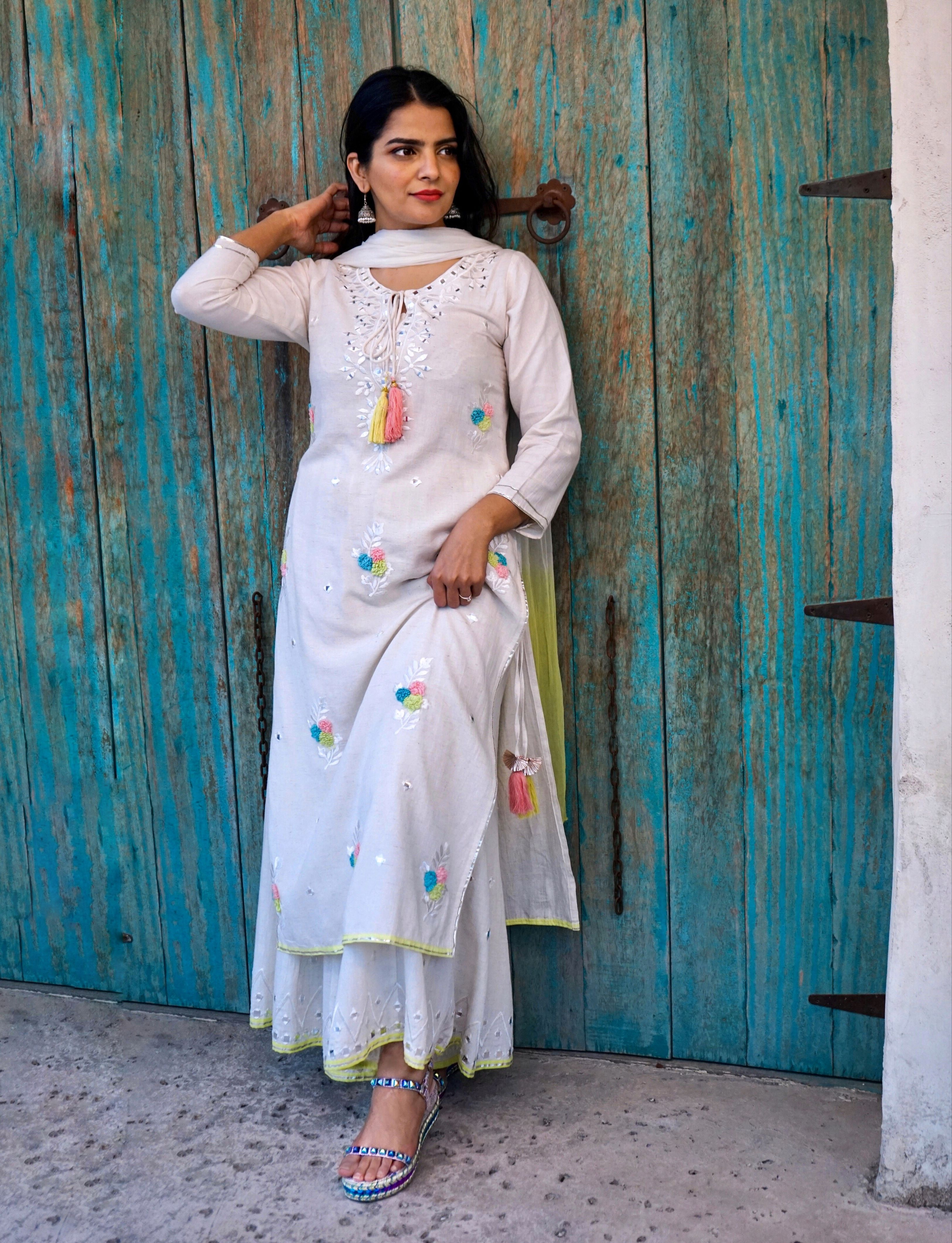 Open Wedges Shoes Traditional Indian Pakistani Clothes Fashion Fashion Outfits Clothes