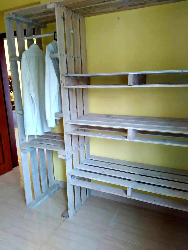 Pallet Closet Wardrobe Made From Pallets Pallet Closet