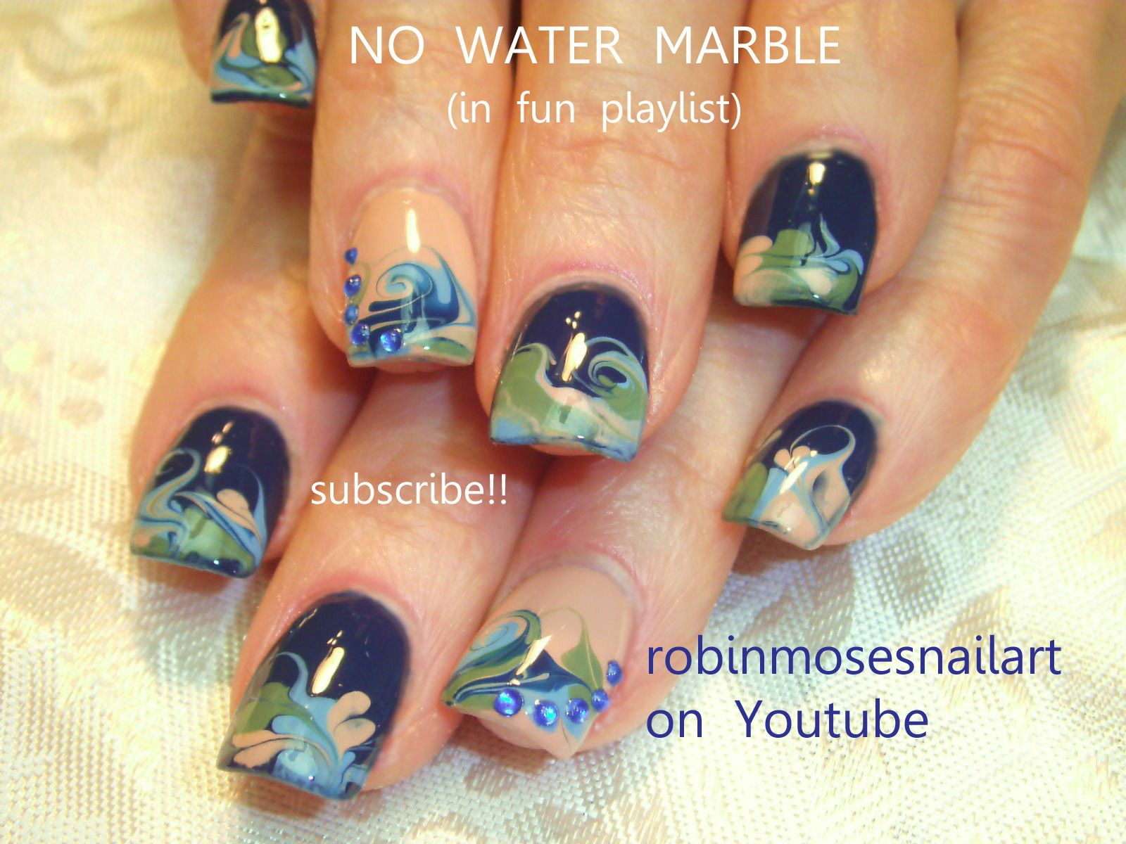Nail-art by Robin Moses marbling miss pro nail http://www.youtube ...