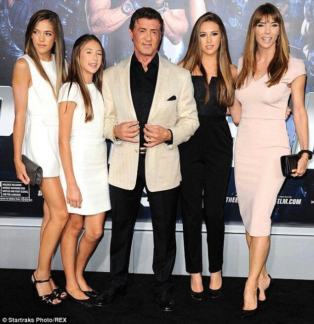 Jennifer Flavin Sylvester Stallone The Girl S Sylvester Stallone Jennifer Flavin Celebrity Families
