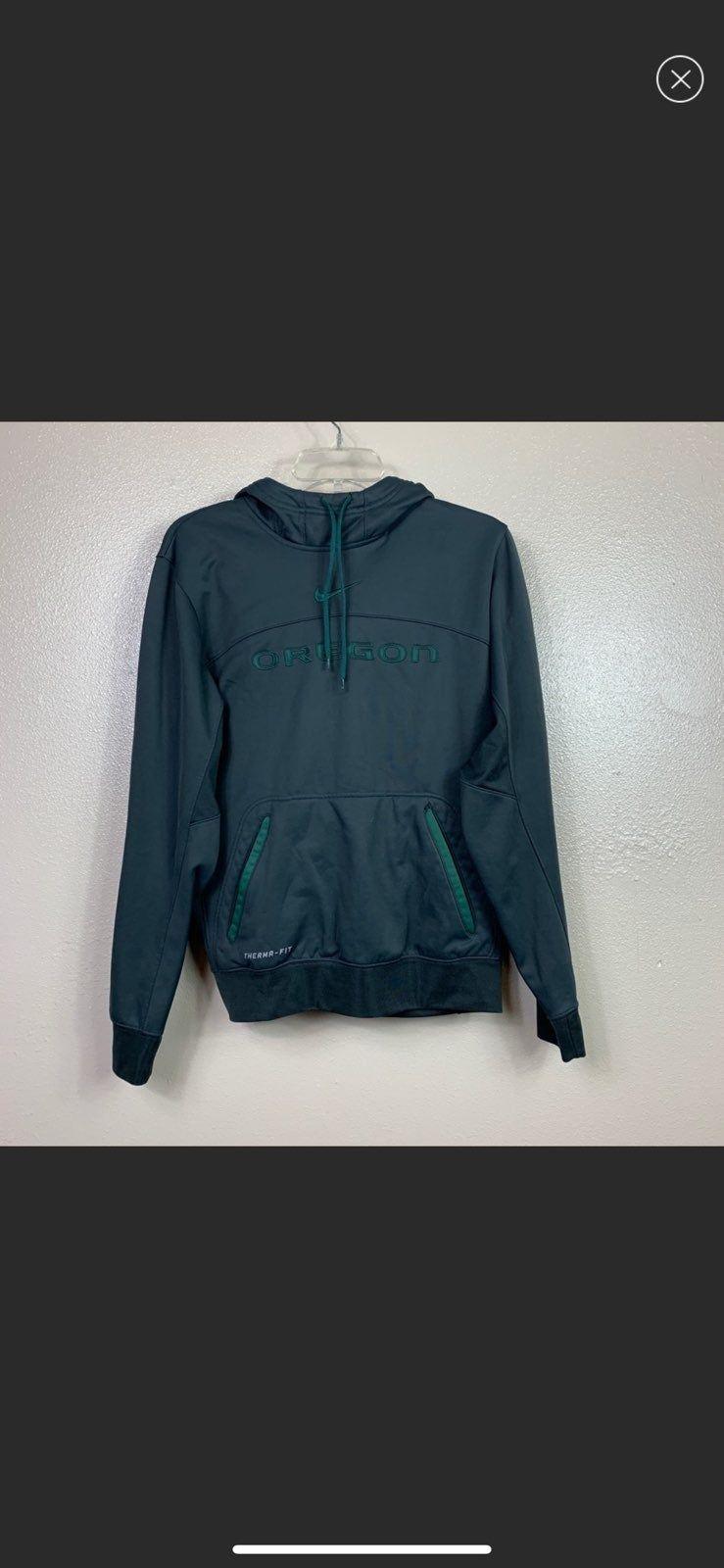 Oregon Ducks Nike Hoodie On Mercari Dark Green Hoodie Dri Fit Shirt Green Hoodie [ 1600 x 739 Pixel ]