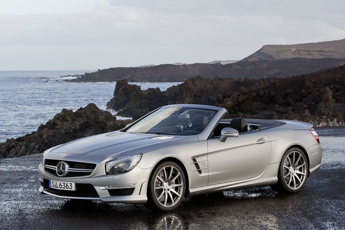 The new sl 63 amg roadster is yet another masterpiece from mercedes amg be it driving dynamics lightweight construction or efficiency the sl 63 amg