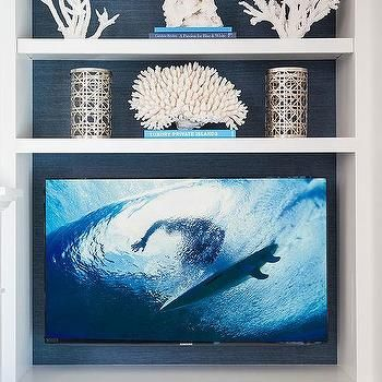 Blue & white accessories styled built in bookshelf  | Armonia Decors