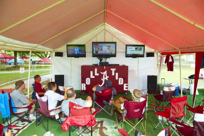Tailgate Tent at University of Alabama & The Southu0027s Best Tailgate: Alabama Snags the Number 3 Spot ...