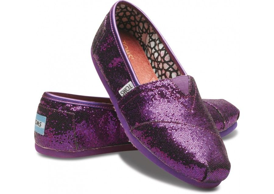 I am mildly obsessed with Toms...and these are in K-State purple GLITTER! I die.