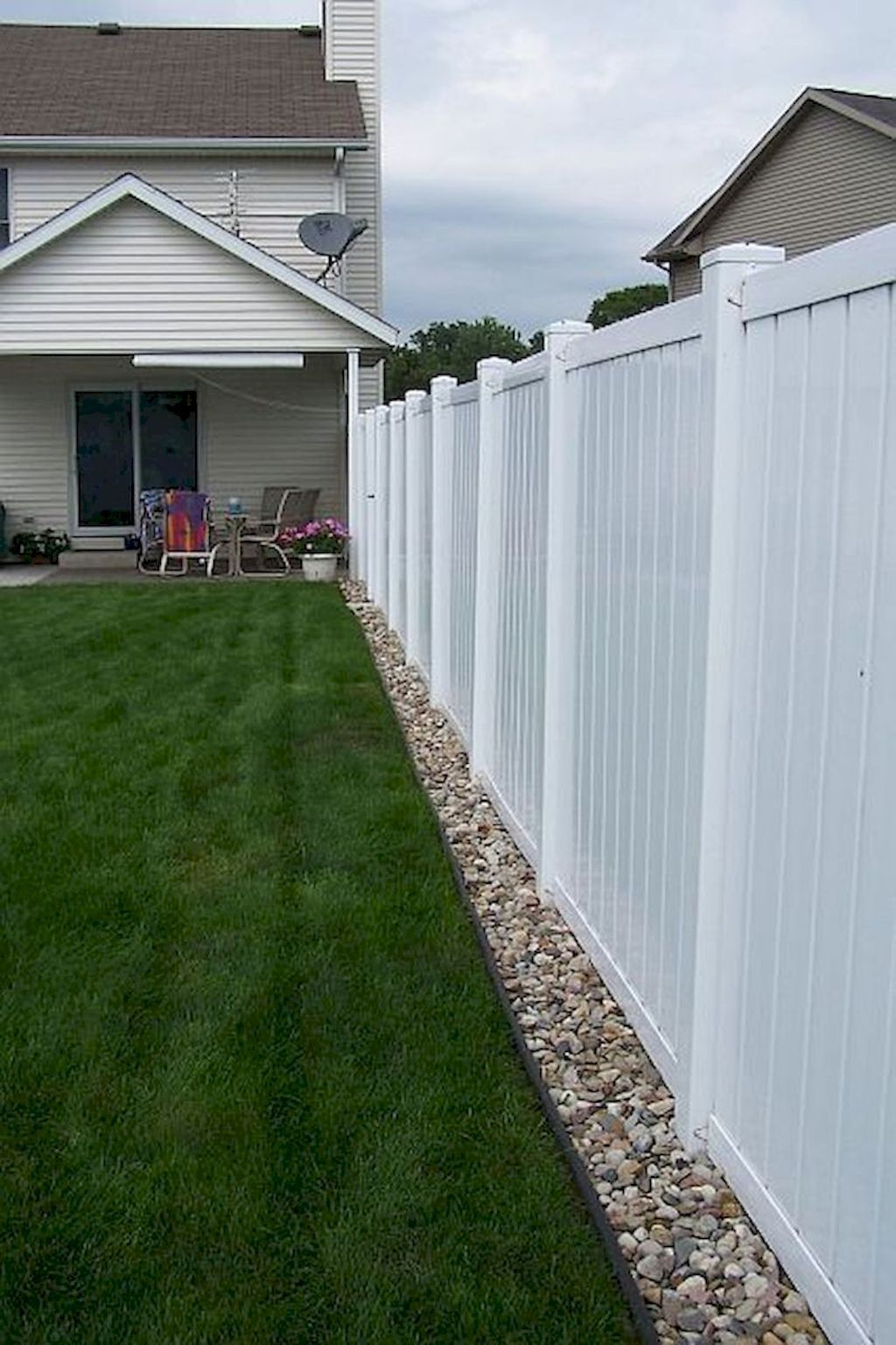 03 easy and cheap privacy fence design ideas backyard on backyard garden fence decor ideas id=19432