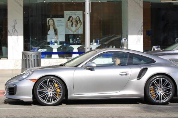 Joel Mchale Is Seen Driving His Porsche In Beverly Hills Instagram Luxury Celebs Luxury Bmw Car Porsche