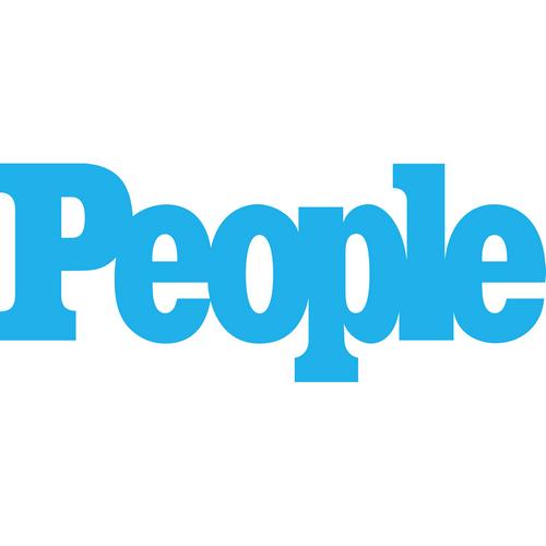 People Logo Magazine In 2021 People Logo People Magazine Logos