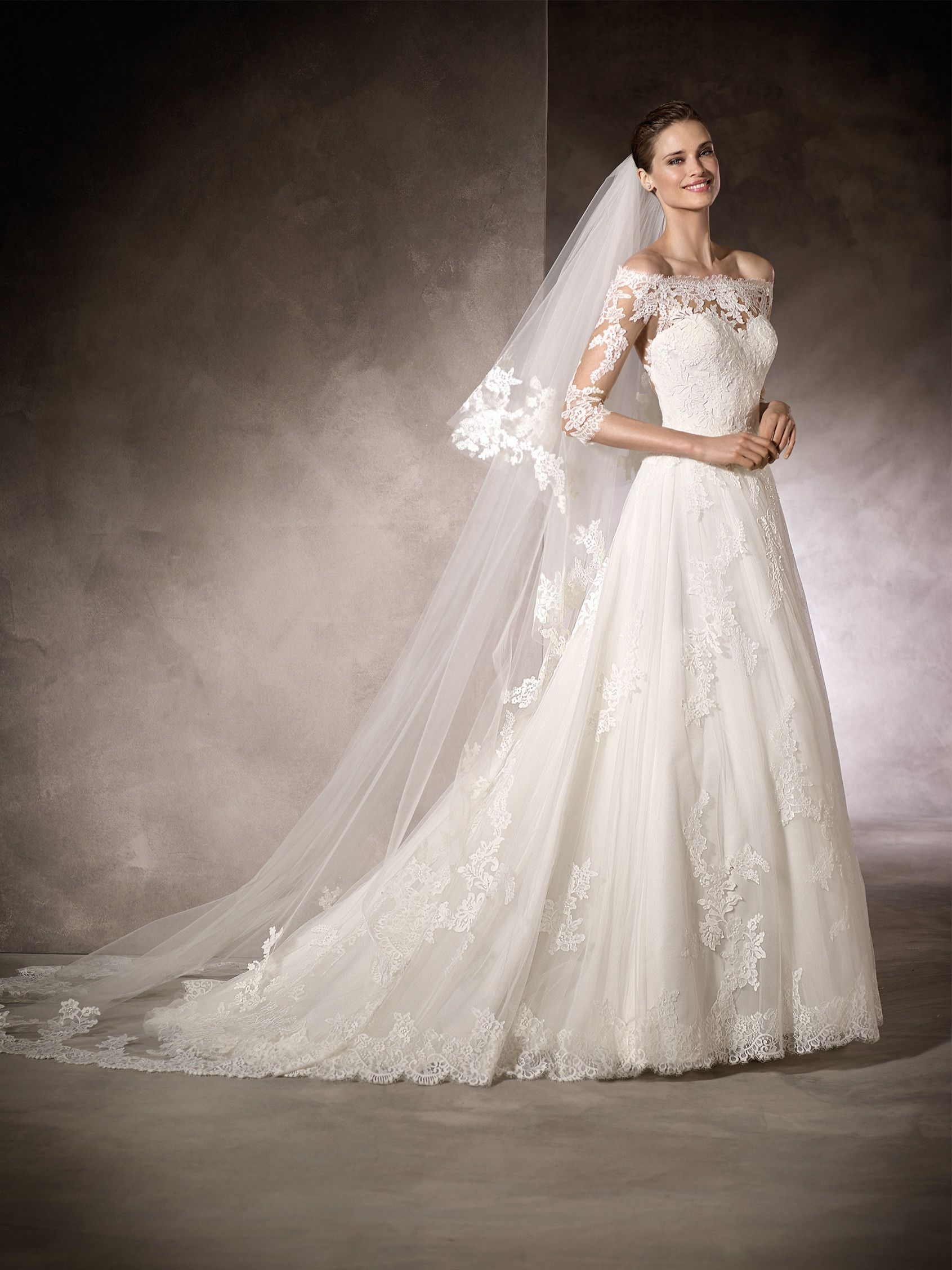 Pin by Jenny Schmitt on mariage  Pronovias wedding dress, Wedding