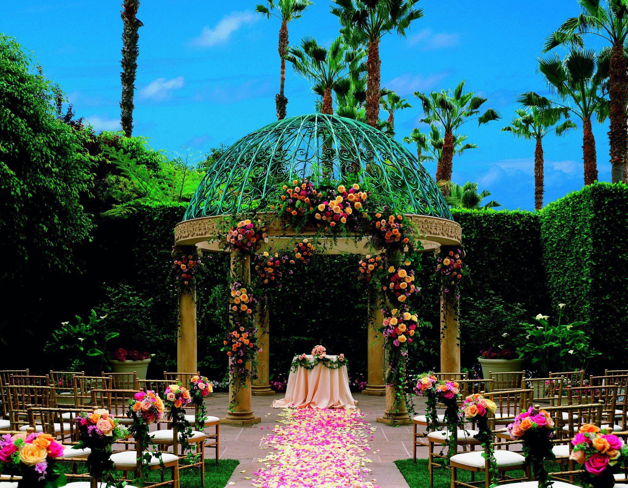 Beautiful wedding ceremony rangement outdoor gazebos