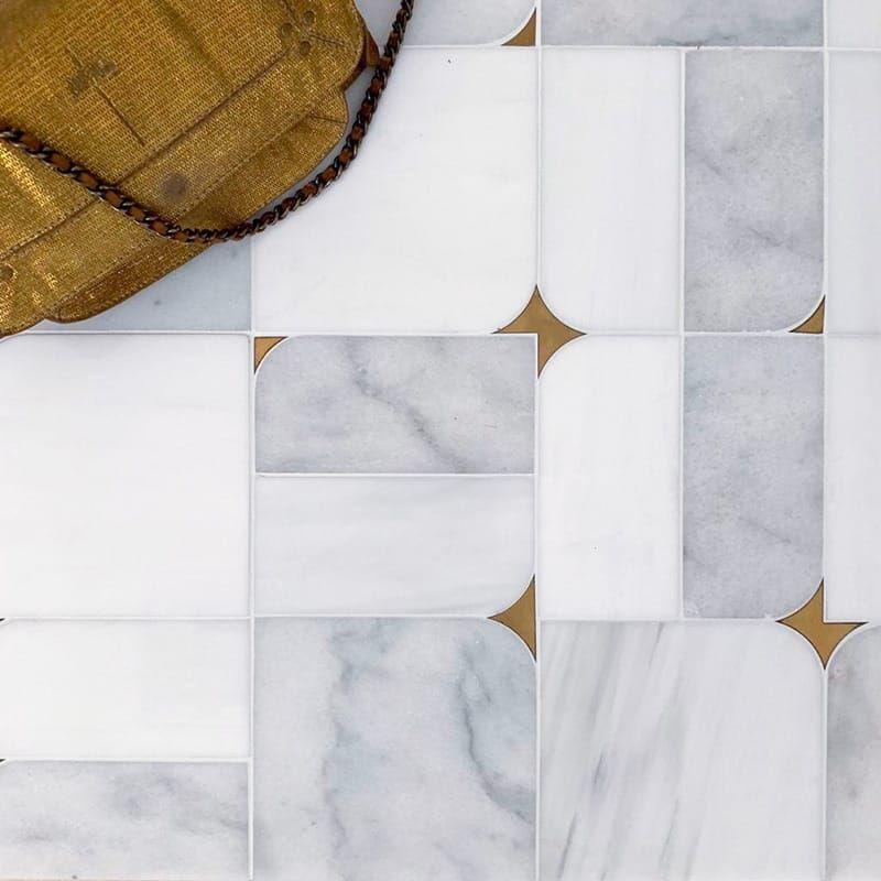 Glacier Snow White Brass Multi Finish Blocks Marble Waterjet Decos 16 5 8x16 5 8 Country Floors Of America Ll In 2020 Stone Pattern Marble Decor Backsplash Designs