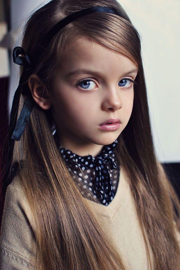 Девушка модель работы с детьми работа модна каста киев