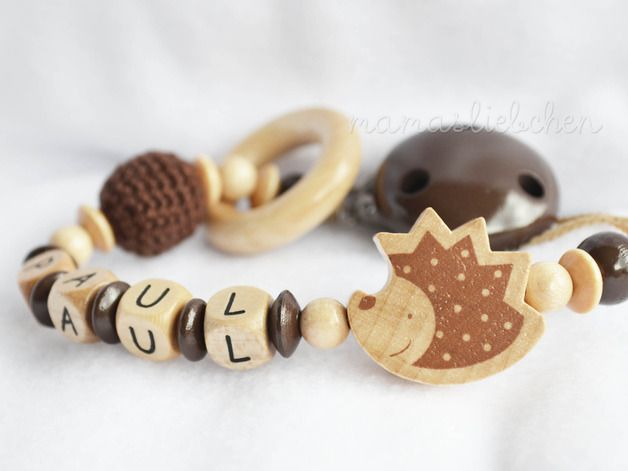Here is your chance to acquire a fantastic dummy chain especially for you with lots of tender loving care. Crocheted, sown and threaded by hand –every chain is unique.♥   This pacifier clip /...