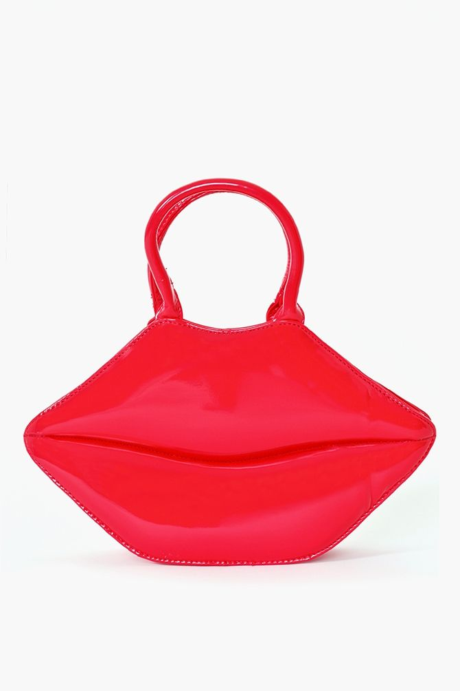 Hot Lips Tote This Is Funky Looking