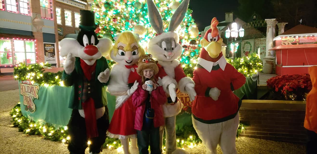 Six Flags St Louis Holiday In The Park In 2020 Holiday Holiday Travel Las Vegas Hotels