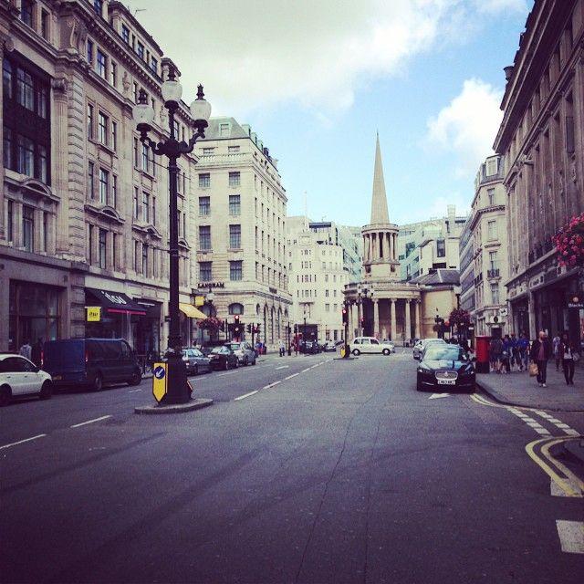Sunday morning on #RegentStreet London