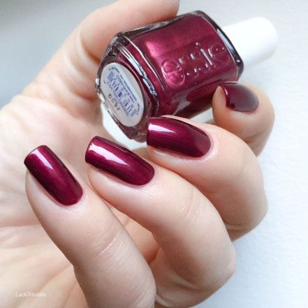 swatch essie swing velvet