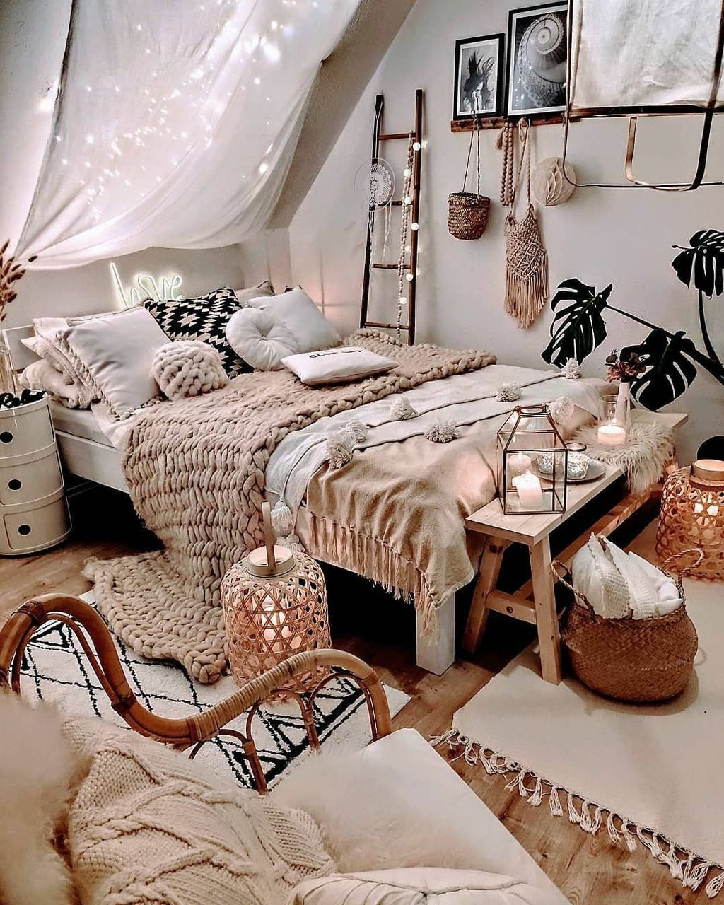 How To Decorate Your Bedroom In Bohemian Style Room Inspiration Bedroom Room Ideas Bedroom Bedroom Decor