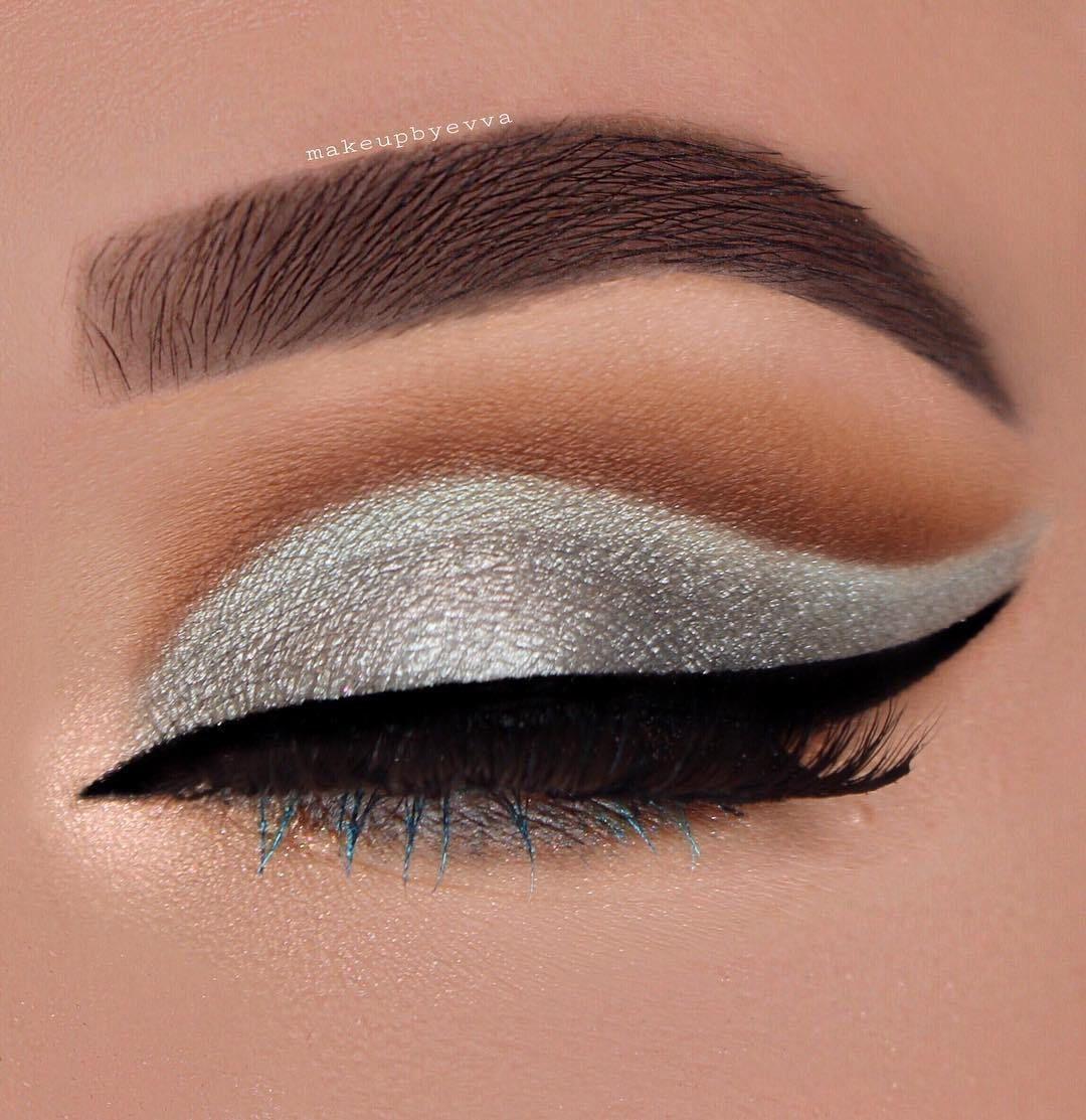 Photo of 15 beautiful eye makeup ideas for green eyes , bronze eye makeup, nude glitter e…