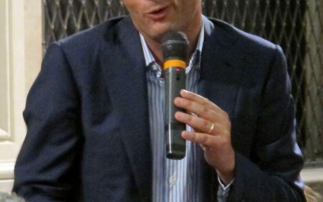 Matteo Renzi contro i Sindacati: una lotta falsamente anti-ideologica, banale, solo letteraria #renzi #articolo18 #sindacati #cgil