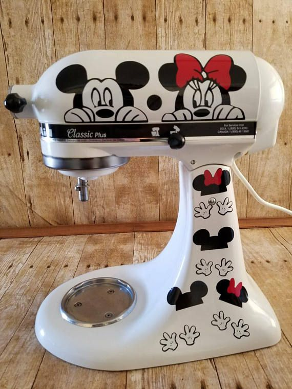 Mickey and Minnie Peeker, KitchenAid Decal, Kitchen Decor, Stand Mixer, Laptop Decor, Car Window, Disney Peeker with Gloves and Hats