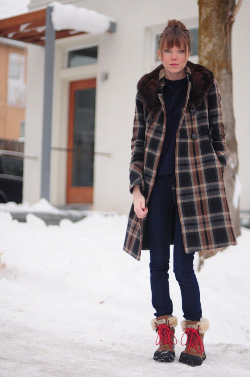16+ Winter Fashion Outfits Snow Ugg Boots