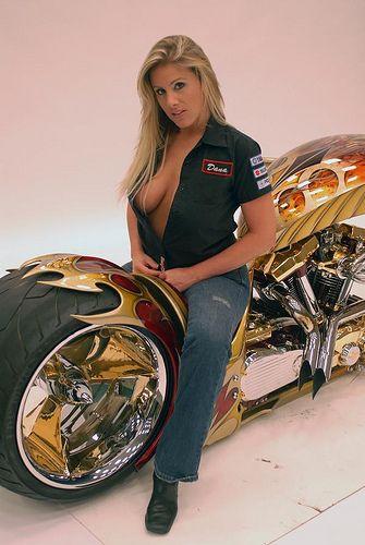 Hot Biker Chicks Biker Babes Motor Show Girls Blonde