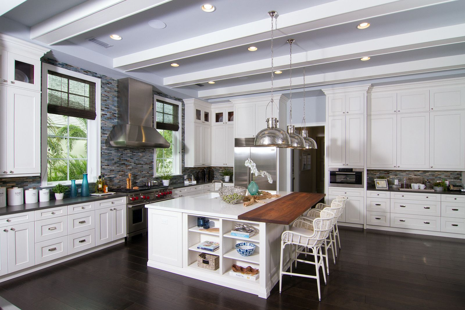 Pin By Mccabinet Inc On Mccabinet Mcprojects Custom Cabinets Cool Kitchens Kitchens Bathrooms