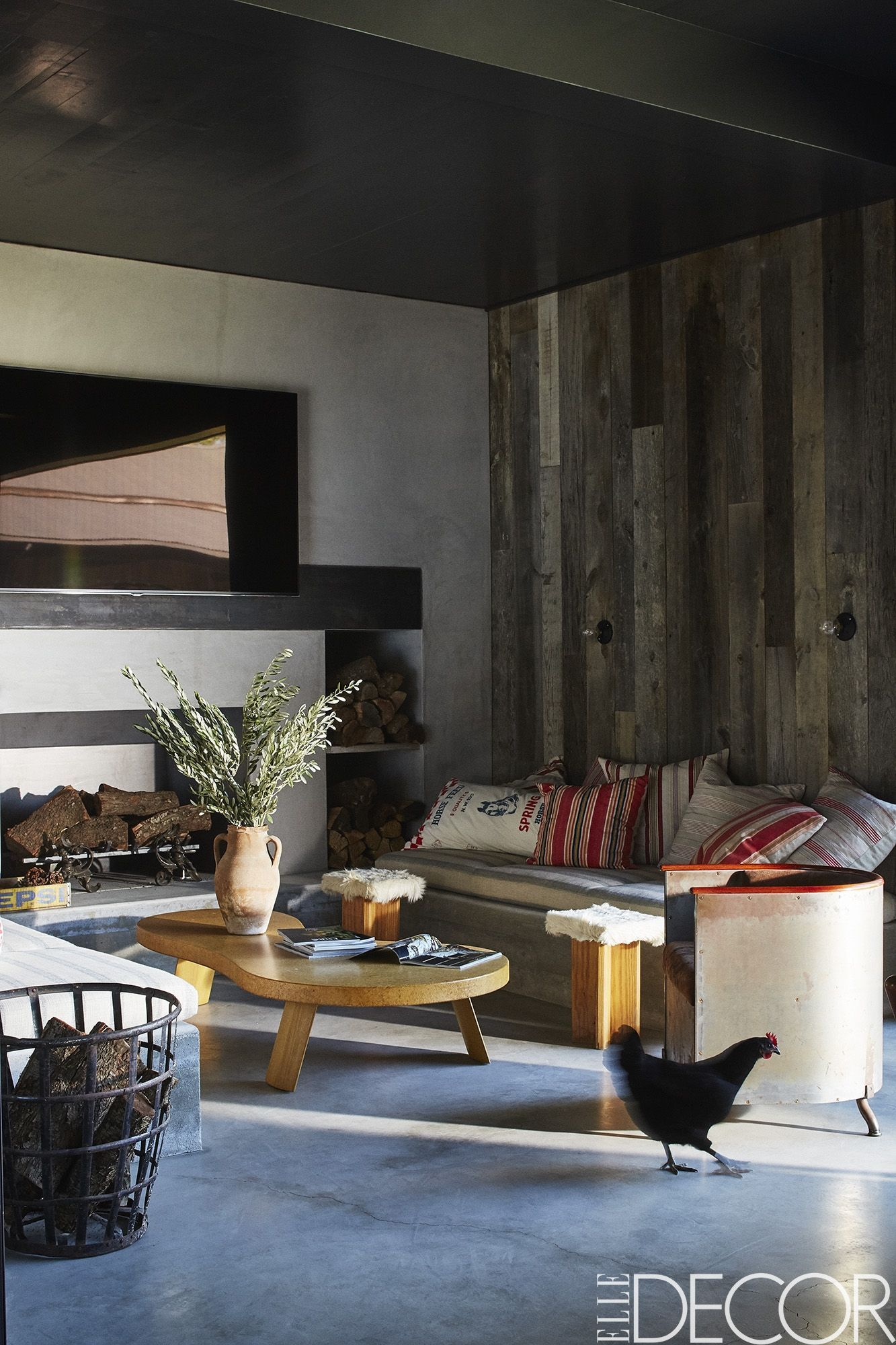 32 Rustic Decor Ideas That Make A Case For Cozy-Chic Interiors