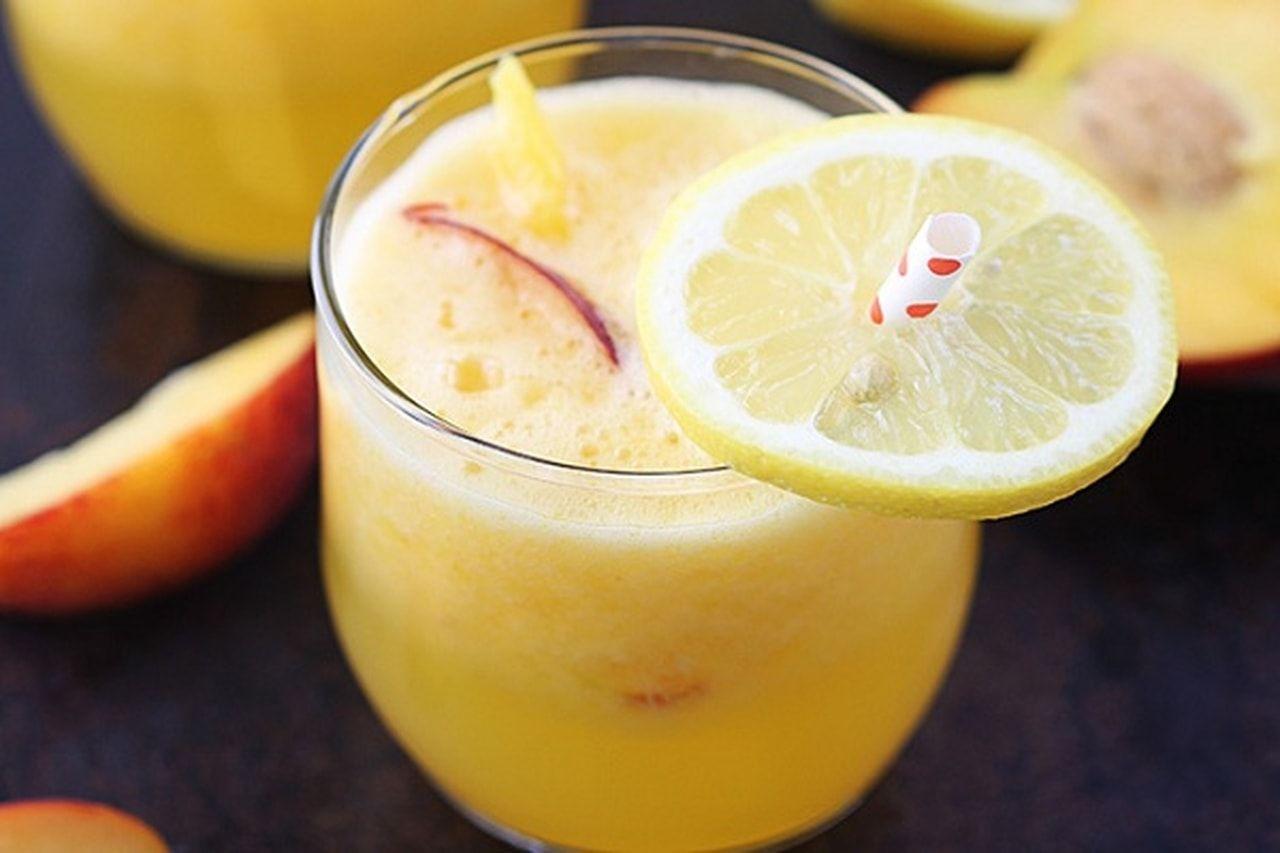 بسهوله تعلمى كيفيه اعداد عصير الليمون مع المانجو والخوخ تتميز العصائر الطبيعية في فصل الصيف بمكوناتها من الفيتامينات و Nutrition Herbalife Nutrition Food