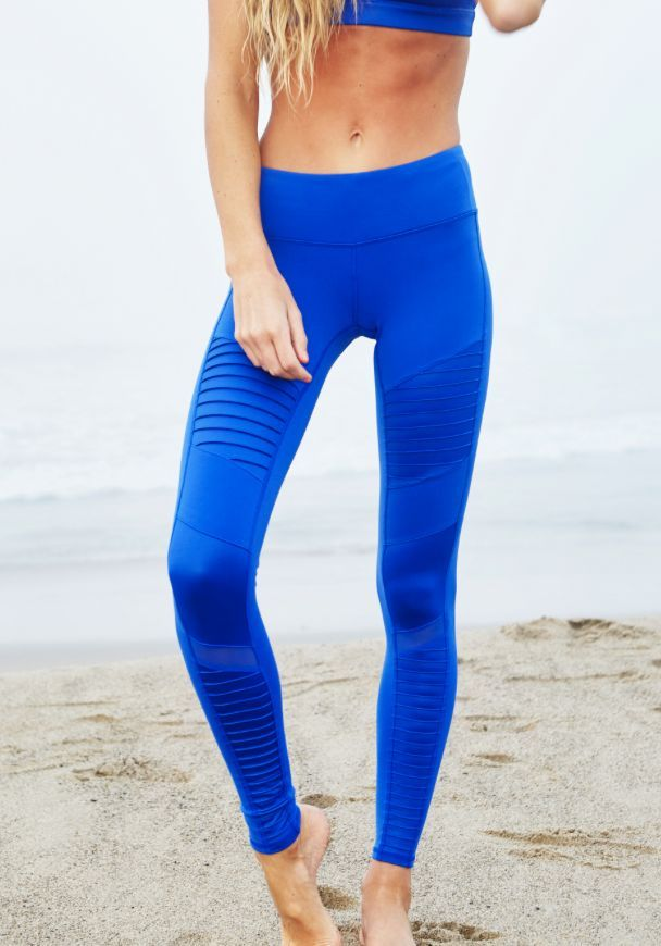 Of Yoga Legging Up Close The Moto Alo 81wxq75IYq
