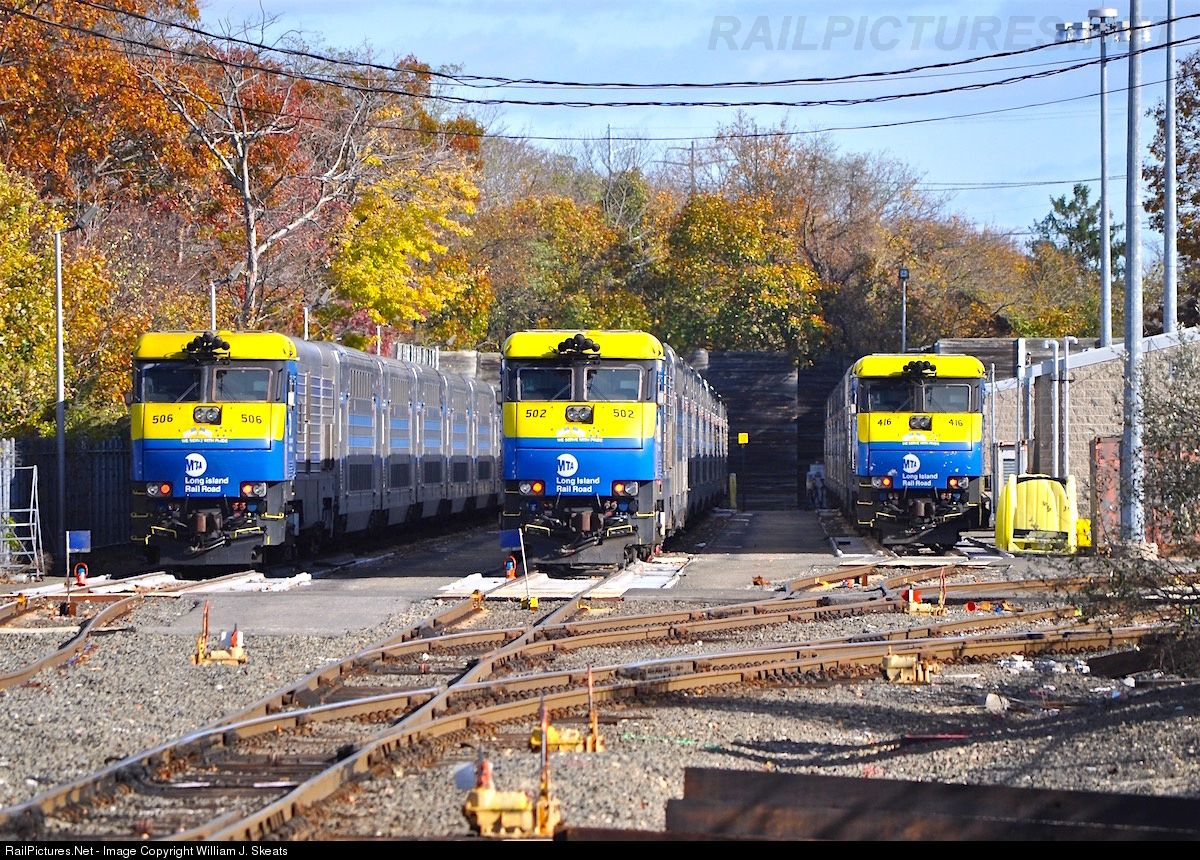 RailPictures.Net Photo: LIRR 416 Long Island Railroad EMD DE30AC at Port  Jefferson, New York by William J. Skeats
