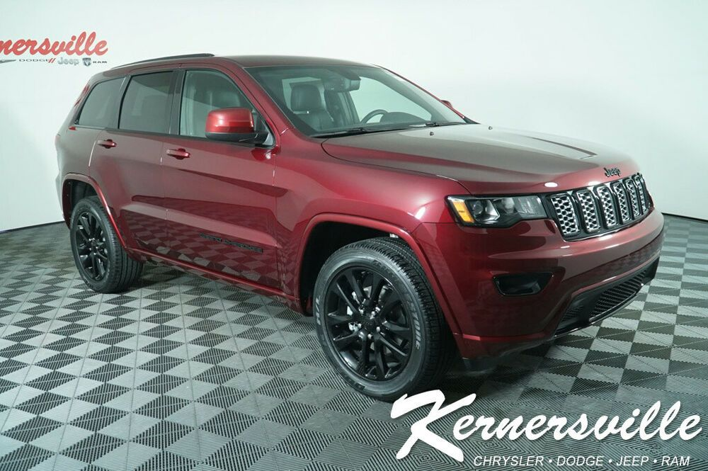 2020 Jeep Grand Cherokee 4x2 Laredo in 2020 Jeep grand