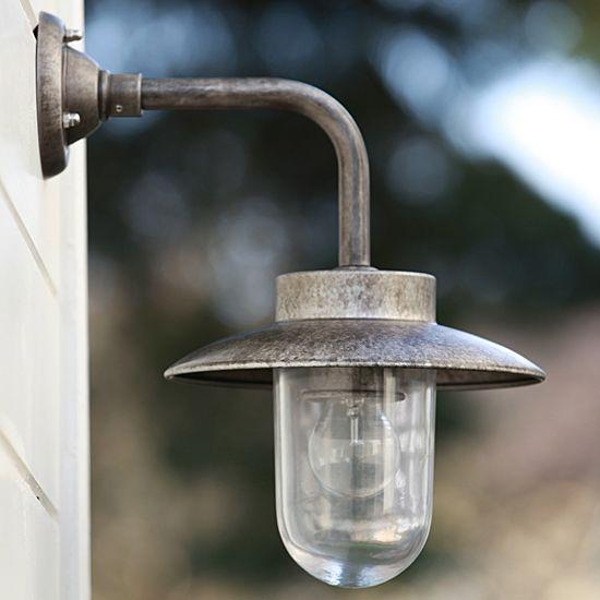 Klassische Hoflampe Aus Aluminium Nabucco 182 Alu Klassische Hoflampe Aus Patiniertem Aluminium Nabucco 182 Alu Lampen Aussen Lampe Aussenlampe