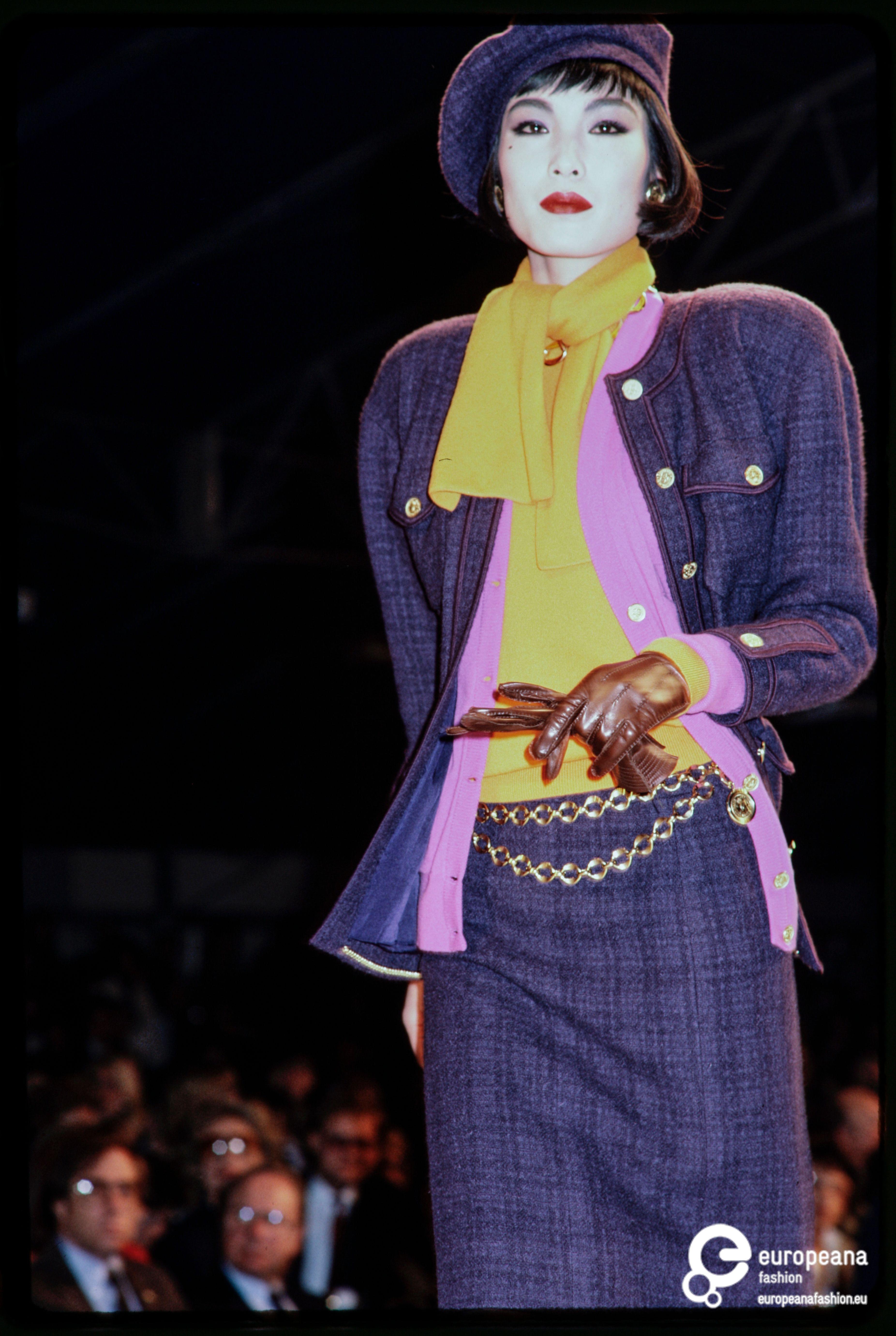 Chanel Runway F W 1985 By Lagerfeld Paris France Fashion Chanel Runway 80s Fashion
