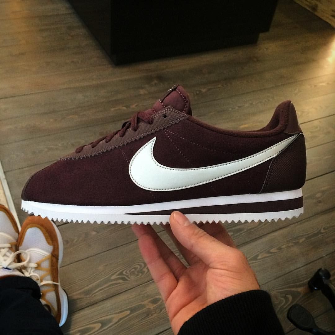 Nike Cortez Mahogany Sneakers Men Fashion Nike Shoes Maroon Sneakers Fashion