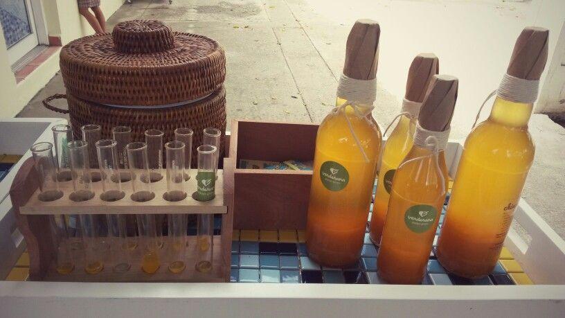 Con tan sol un shot.....sabroso CHINOCELLO original licor de la fruta de la pasión ( CHINOLA)
