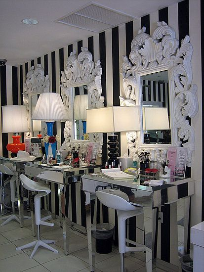 Love The Black White Wall I Would A Red Accent As Well My Room Will Look Like This One Day