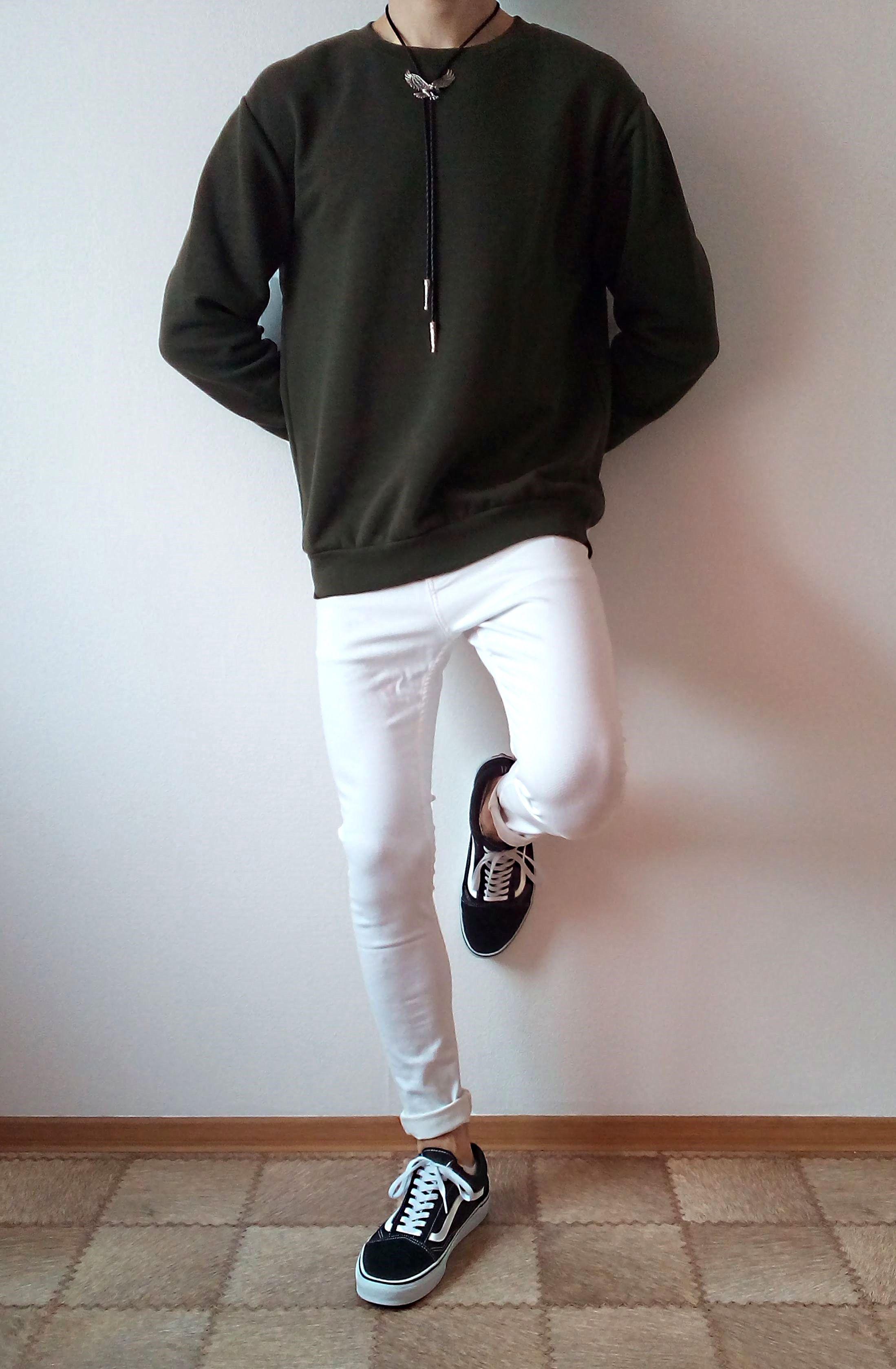 vans old skool white skinny jeans boys guys outfit | vans