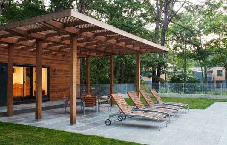 P rgola moderna de madera de teca con tumbonas pergolas - Plantas para pergolas ...